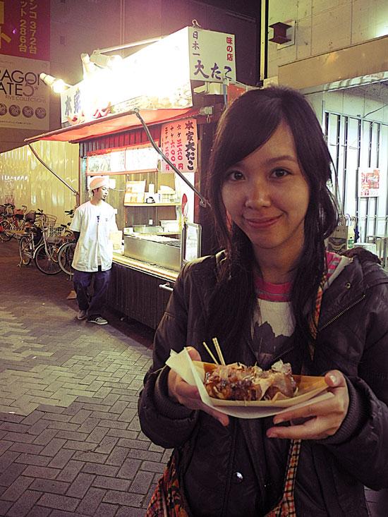 Popular takoyaki store in Dotonbori